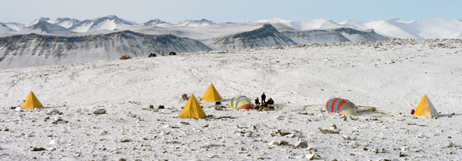 The campsite at Mount Boreas after a couple of days of snow. The yellow tents, made out of heavy-duty cotton are Scott tents, and closely resemble, at least in shape, the tents used in the early 20th century by Robert Scott and his men, during their failed attempt at reaching the South Pole. The other tents are endurance tents.